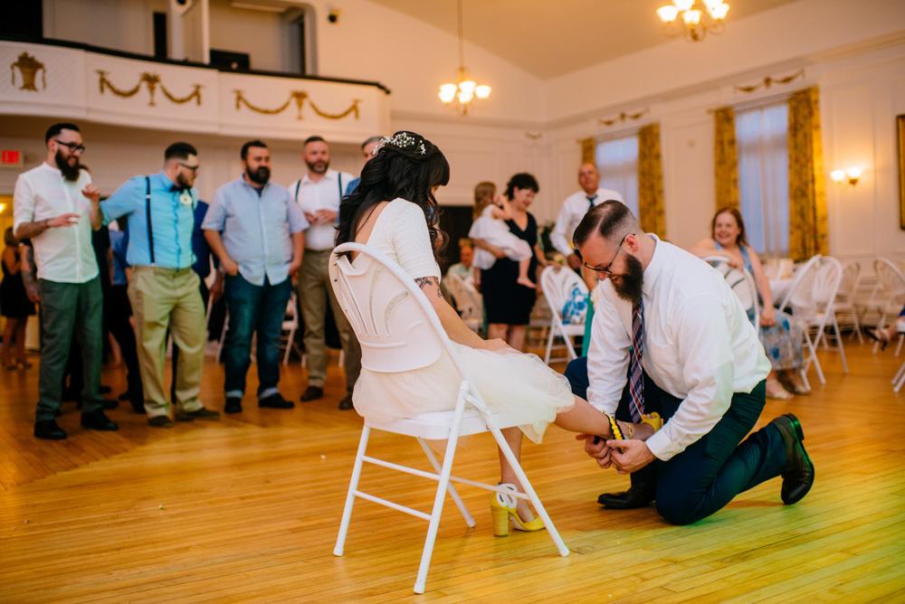 garter toss wv wedding