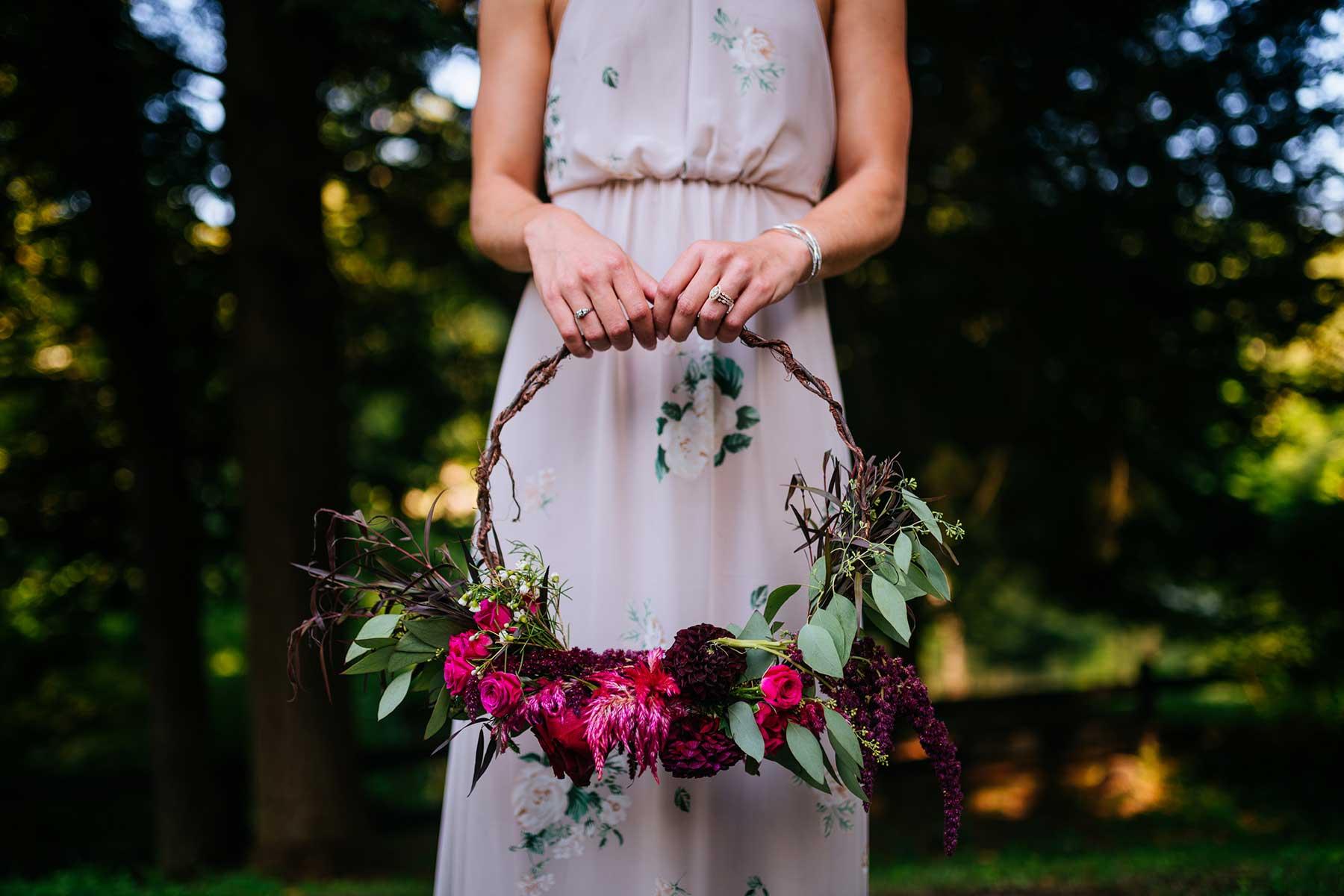 bouquet hoop