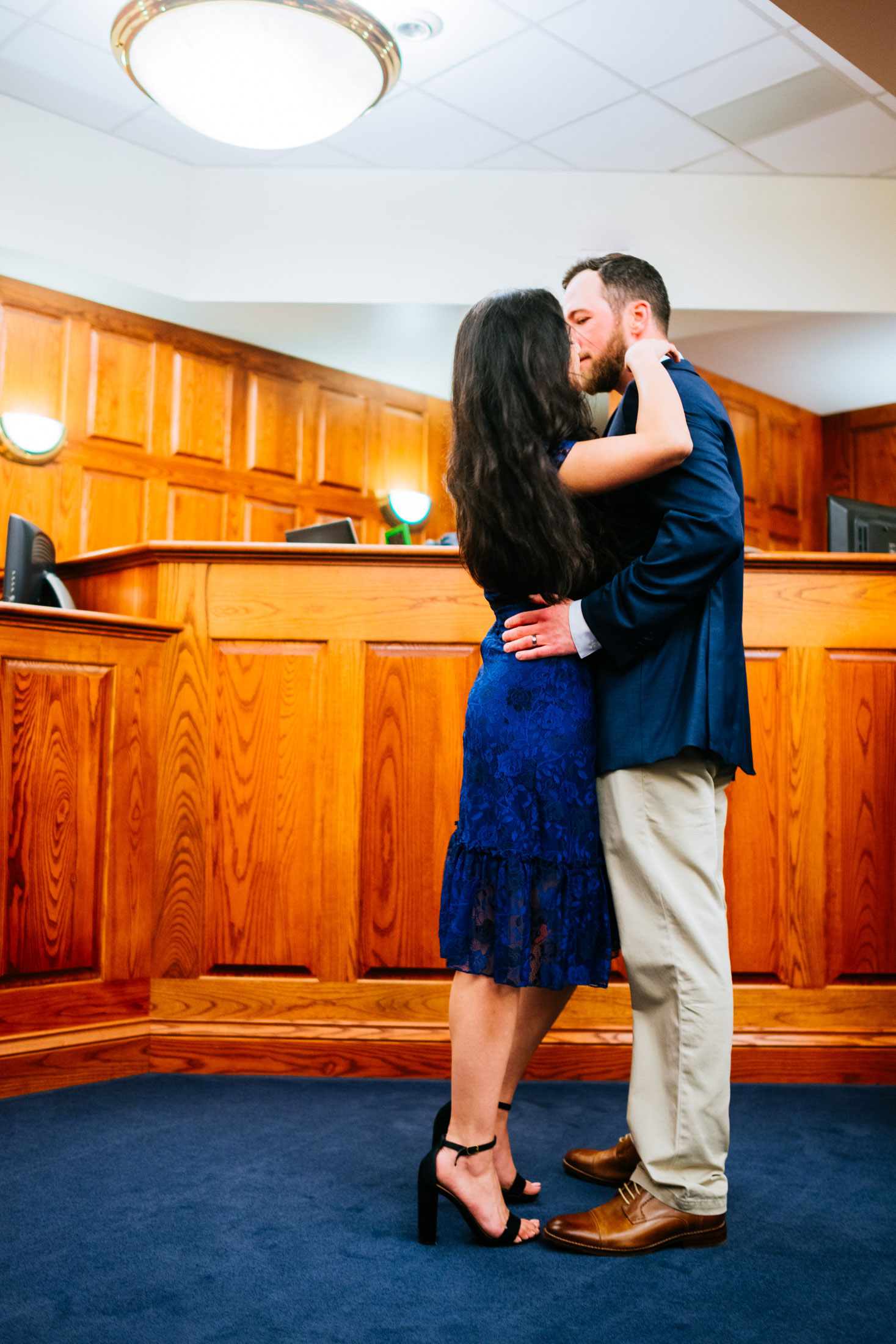 kissng during courthouse wedding