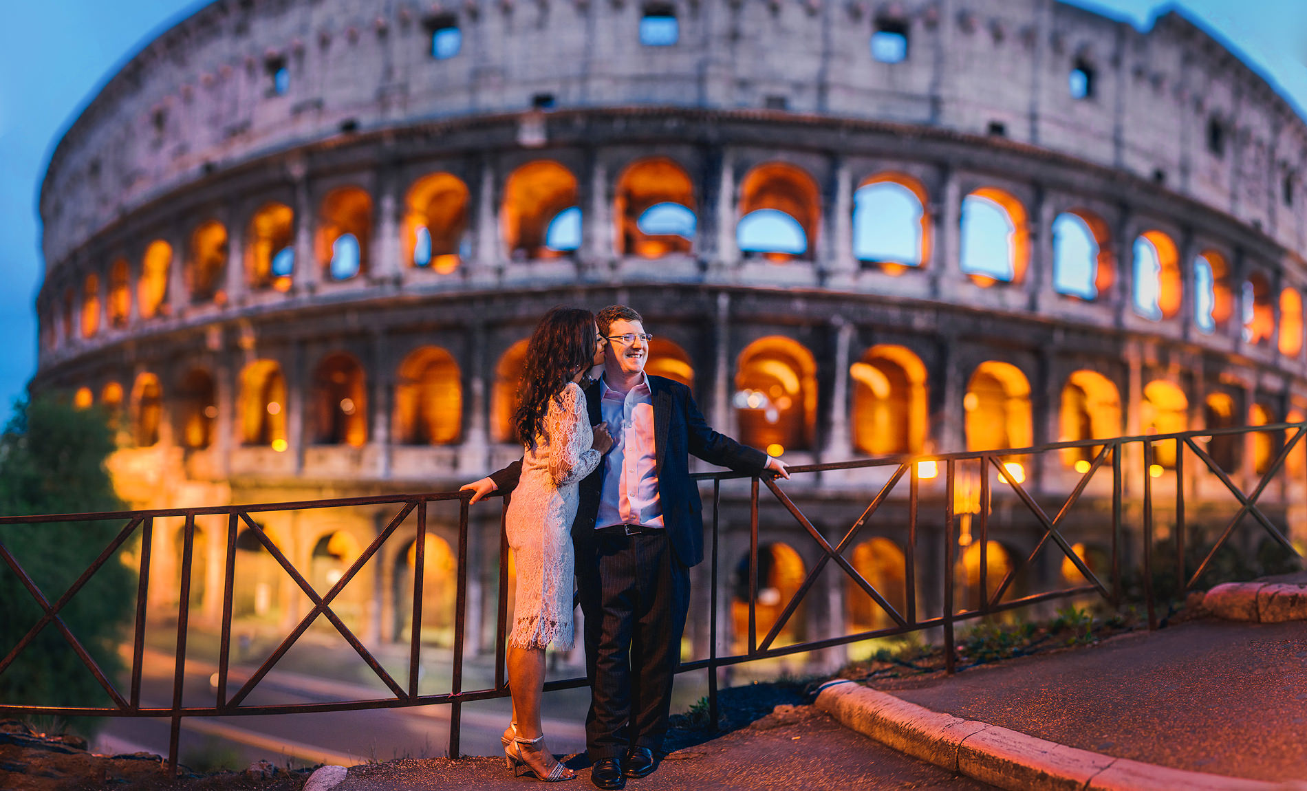 destination wedding elopement rome italy coliseum colosseum by the oberports