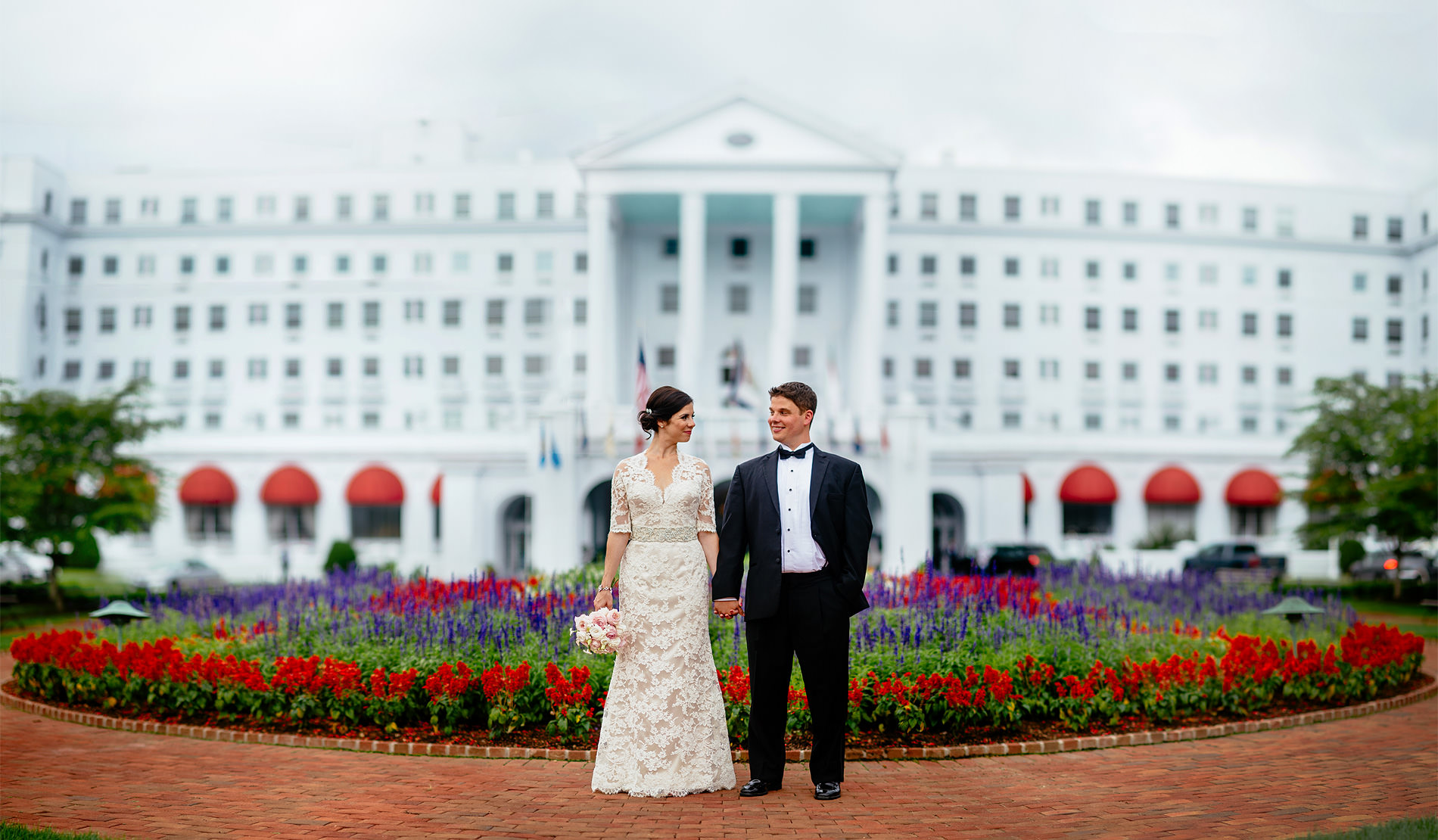 greenbrier resort wedding portrait bride and groom by the oberports