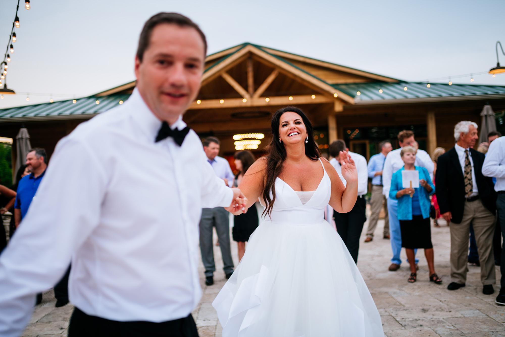 first dance high acre farm piqa oh wedding