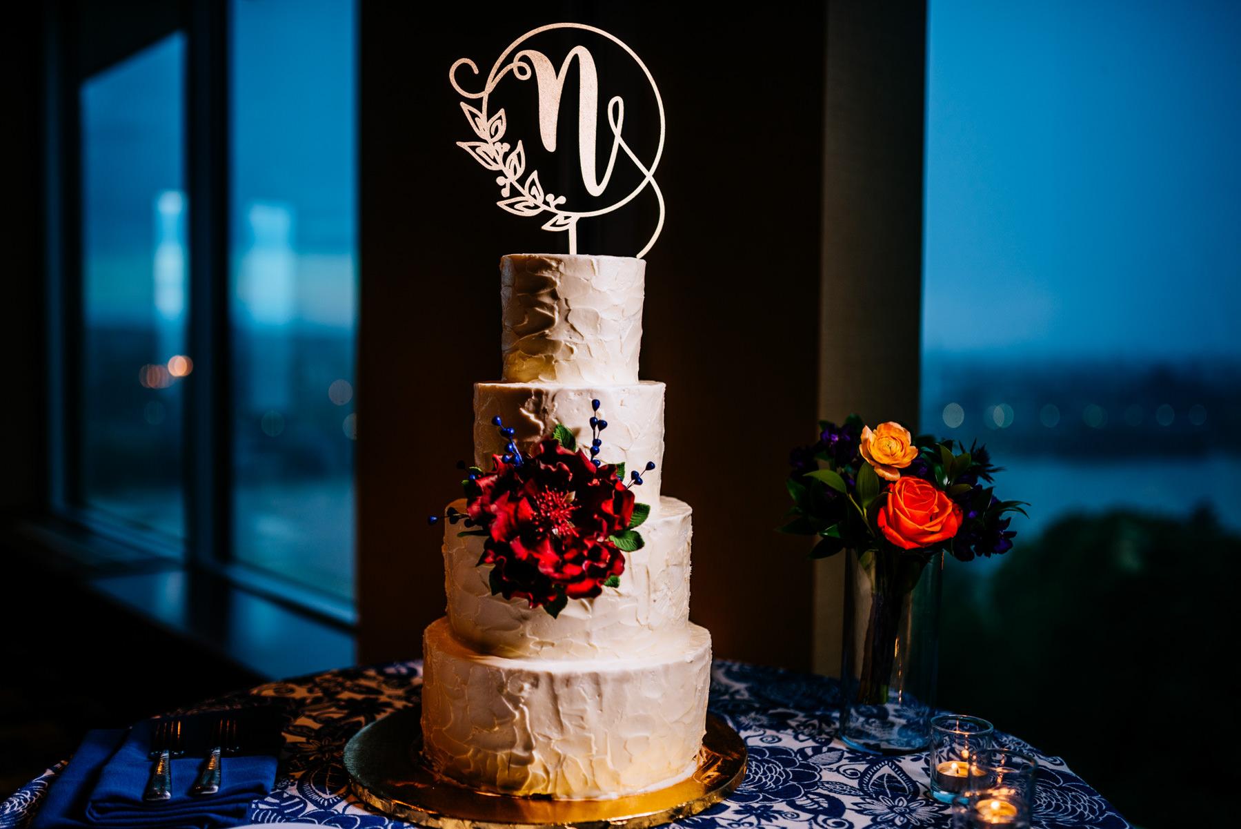 wedding cake amphora bakery