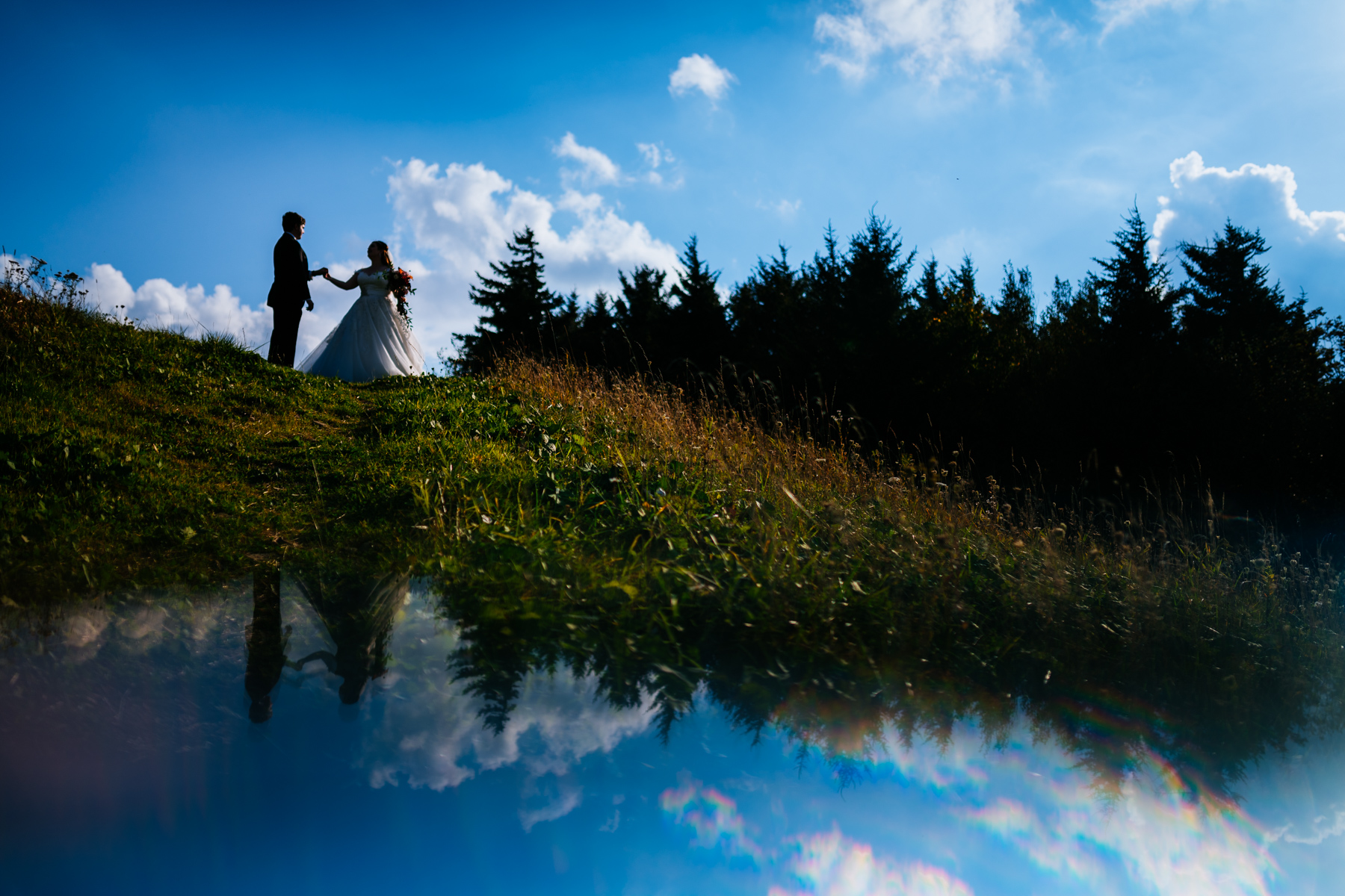 silhouette reflection creative wedding portrait