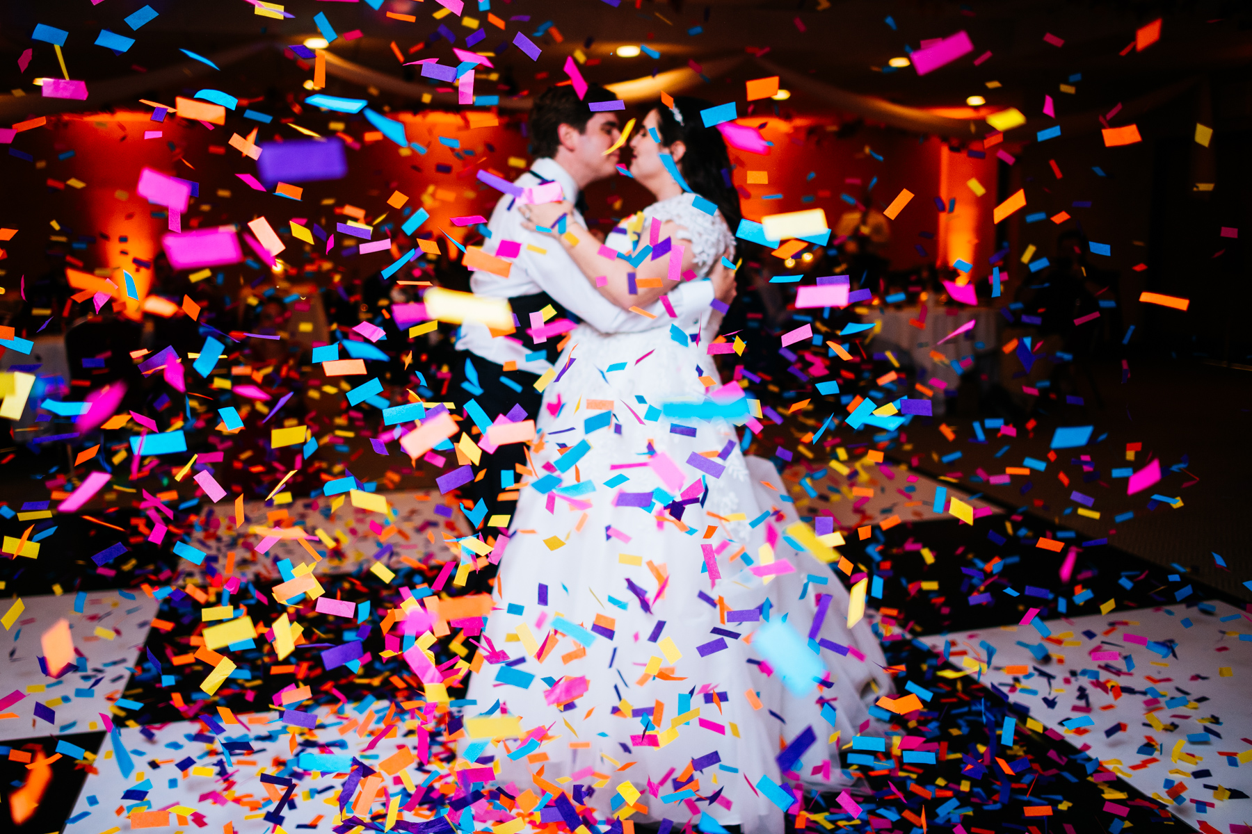 wedding reception confetti cannon