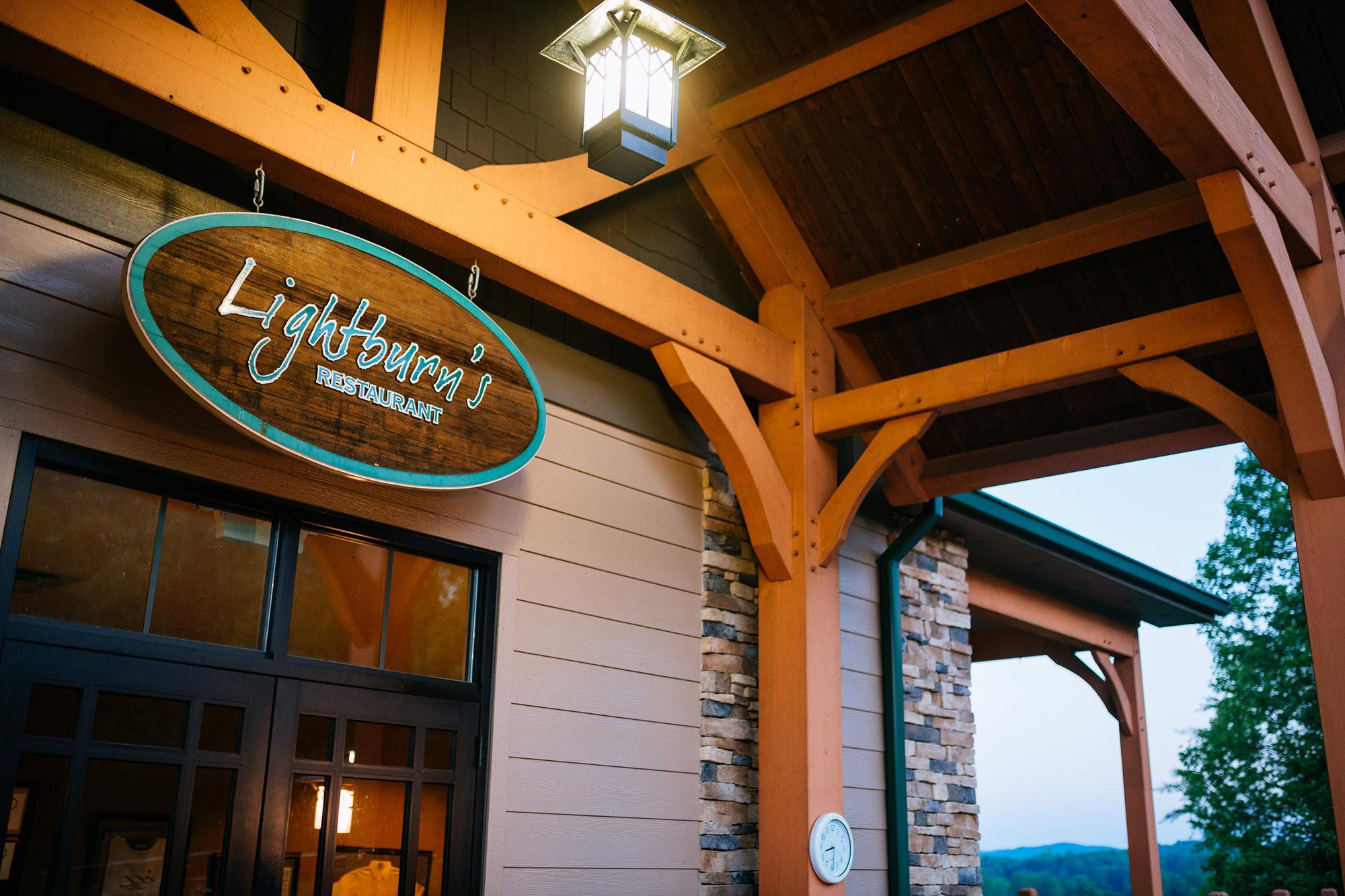 lightburns restaurant sign
