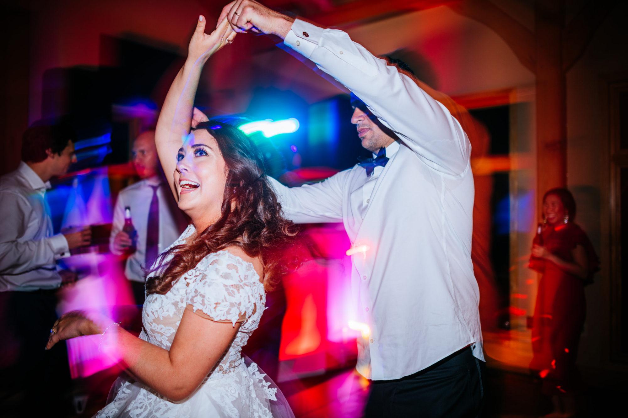 bride spinning stonewall resort wedding