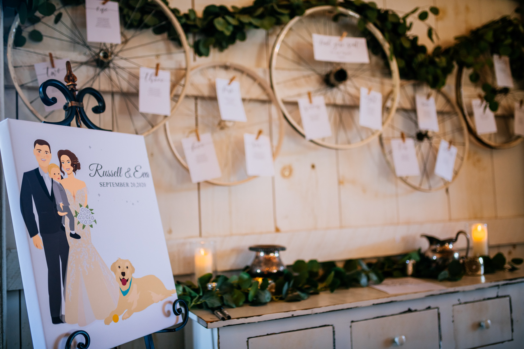 wedding place cards with old wagon wheels