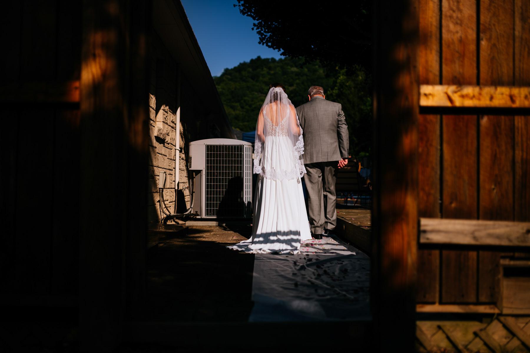 bride and dad entering ceremony