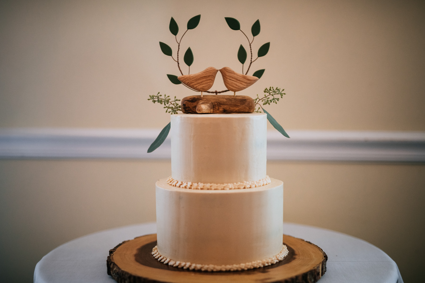 wedding cake by wild unicorn farmstead
